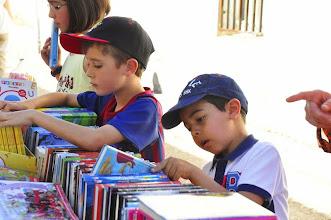 Photo: Pequeños durante la Feria del Libro de Juzbado