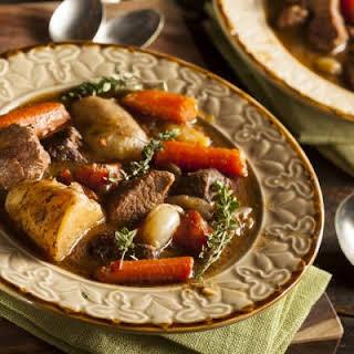 Easy Crockpot Beef Stew.