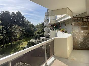 appartement à Suresnes (92)
