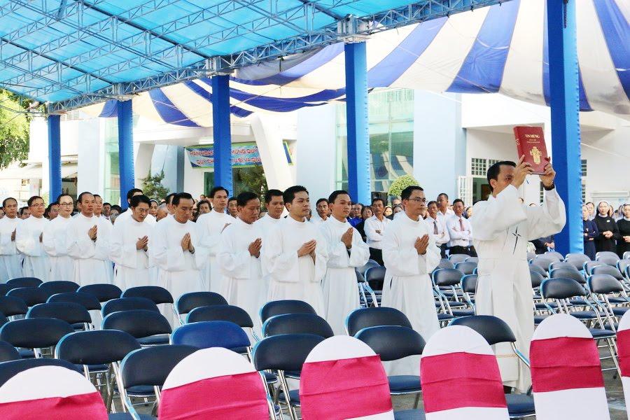 Lễ Tấn Phong chức Phó tế tại nhà thờ Chính Tòa Ban Mê Thuột - Ảnh minh hoạ 7