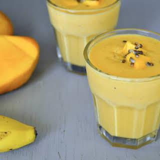 Mango Banana Oatmeal Breakfast Smoothie.