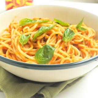 Spaghetti in Red pepper sauce