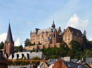 Photo: Schloss und St. Marienkirche Marburg
