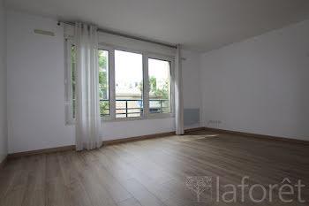 studio à Maisons-Alfort (94)
