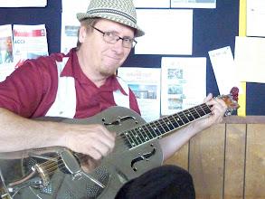 Photo: Pegasus Benefit 2010/10/02 Peter Madsen - Master Guitarist