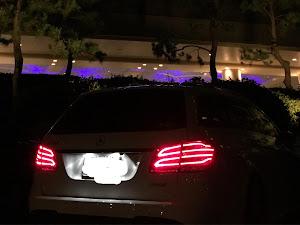 Eクラス ステーションワゴン W212 E250AVのカスタム事例画像 タッカーさんの2018年08月12日21:13の投稿