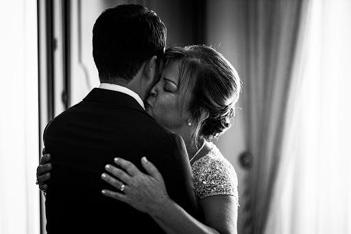 Wedding photographer Leonardo Scarriglia (leonardoscarrig). Photo of 19.08.2019