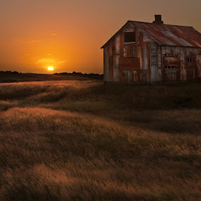 September Sun by Bragi Ingibergsson - Buildings & Architecture Public & Historical ( building, iceland, old, sunset, house, abandoned, september )