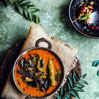 BasaLe Soppina Koddel | Udupi-Mangalorean Style Vegan Malabar Spinach Curry.