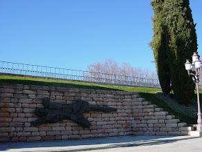 Photo: Monumento a los caídos en el Cuartel de la Montaña  (20-7-1936)