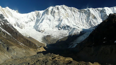 Photo: Das Annapurna Massiv, in der Mitte die Annapurna I 8051 m hoch