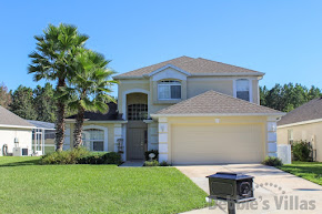 Orlando villa close to Disney, golfing community, private pool and spa, games room