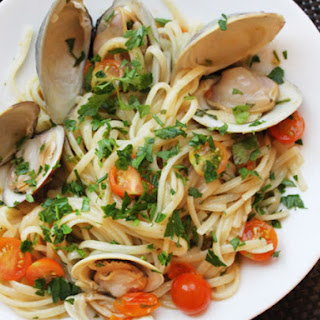 Clams with Linguini, Garlic, and Tomatoes.