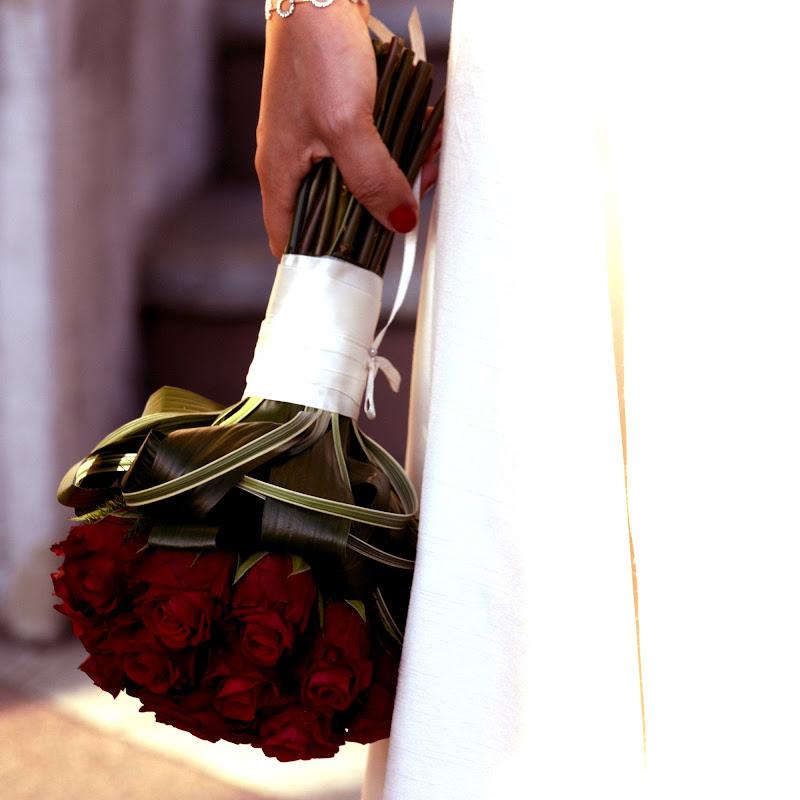 Rose rosse per te di lana