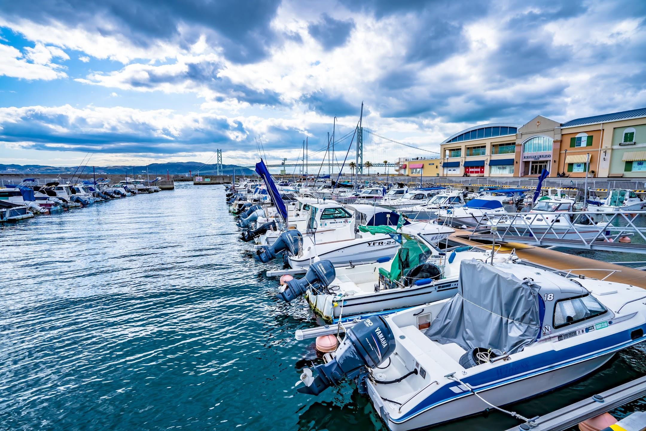 Kobe yacht harbor3