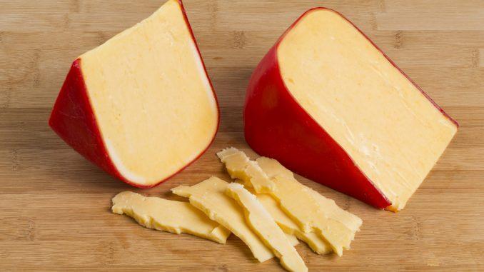 پنیر گودا خوش طعم برای پخت انواع غذاها