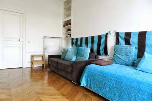 Living room at 2 Bedroom Apartment in Latin Quarter 110 m²