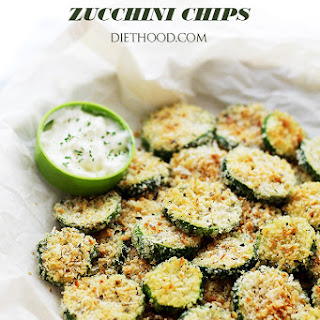 Baked Garlic Parmesan Zucchini Chips