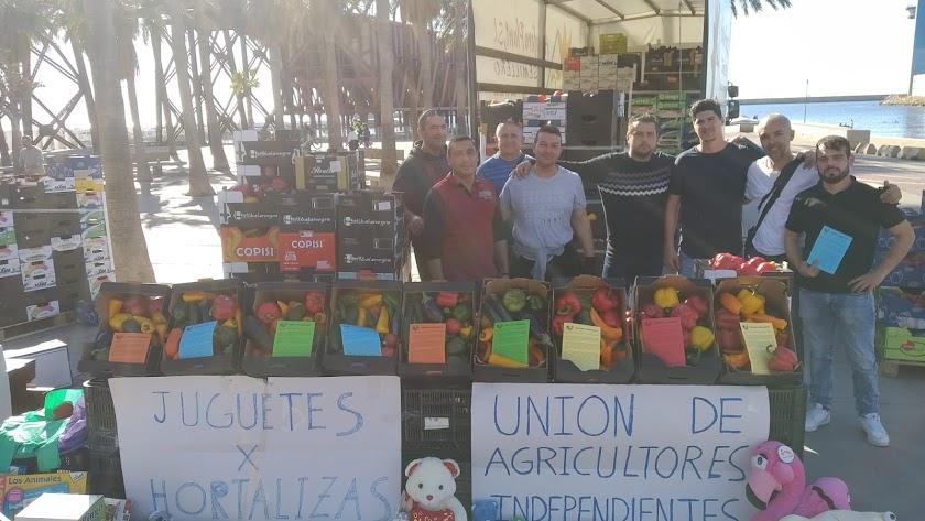 Unión de Agricultores Independientes durante la jornada.