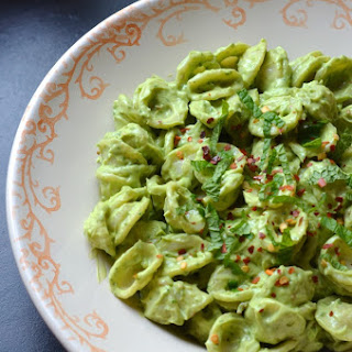 Creamy Avocado Mint Pasta