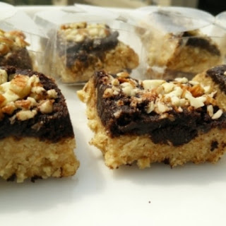 No Bake Chocolate Oats Squares