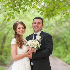 Wedding photographer Artem Kozhevnikov (Kozevnikov). Photo of 02.10.2013