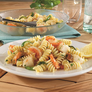 Rotini Salad with Zucchini, Shrimp, Scallops & Mussels