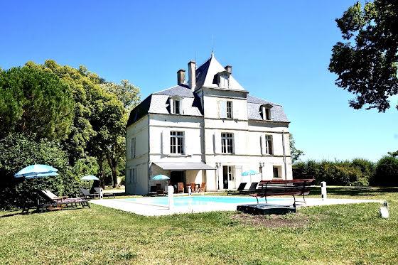 Vente château 10 pièces 330 m2