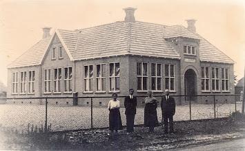 Photo: School Eext