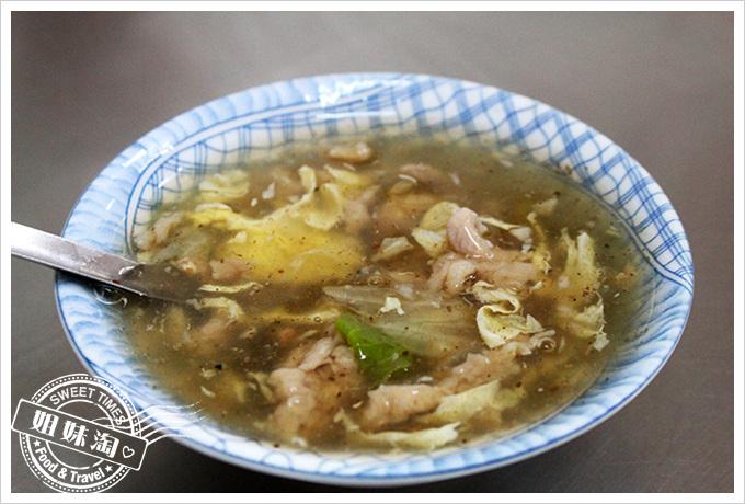 沒有名字的傳統小吃肉羹湯