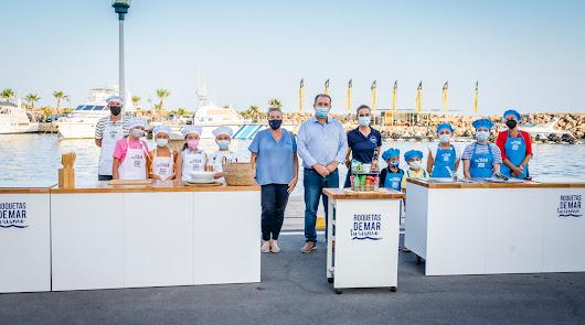 Roquetas de Mar celebra el concurso de cocina infantil 'Come sano, come pescado'