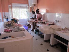 Photo: Sn3S0029-Dakar Pouponnière, nursery, salle technique, tri, nettoyage, pliage IMG_1357