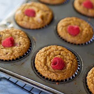 Raspberry Muffins with Chia Seeds