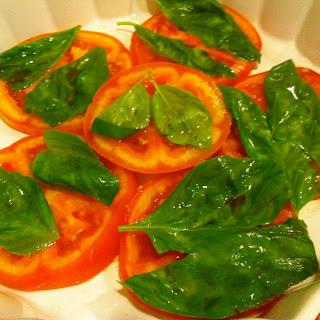 Indian Tomato Salad (Timatar Ka Salad)
