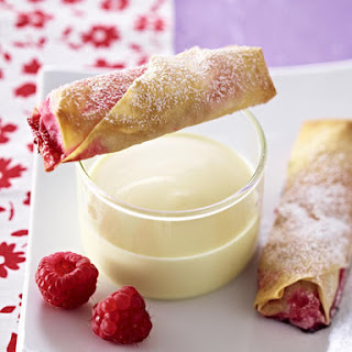 Phyllo-Wrapped Sweet Berries with White Chocolate