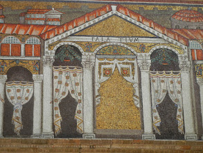 Photo: Basilica of Sant'Apollinare Nuovo - the palatium (house) of Theodorico (one of the emperors)