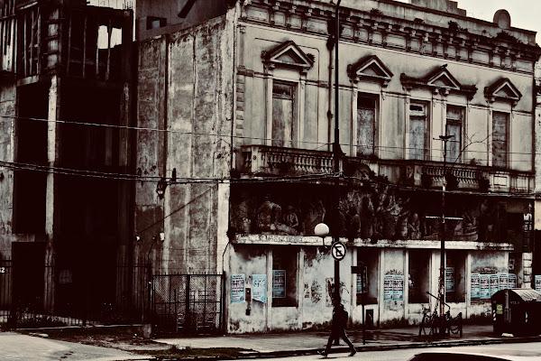 Edificio abbandonato di Memi