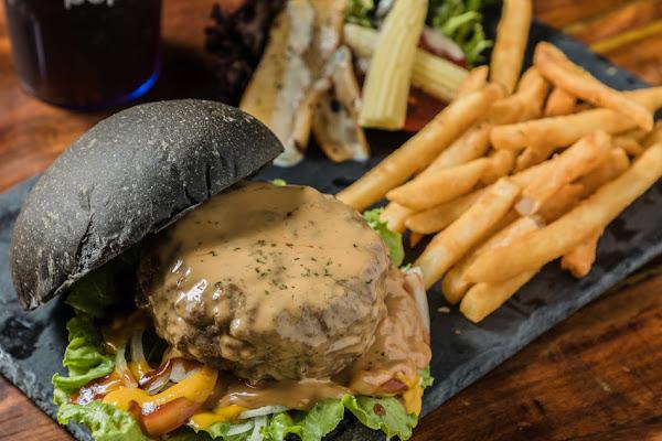 屏東美食 - WOW美式餐廳 x 來頓豐盛的早午餐吧!