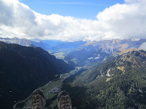 """Photo: My view after a wind launch and """"idiot lift"""" near the clouds at Col Rodella"""