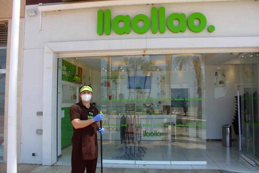 Llaollao, establecimiento situado en el Paseo Marítimo.