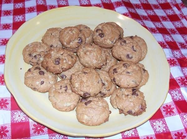 Ellie's Best Chocolate Chip Cookies Recipe
