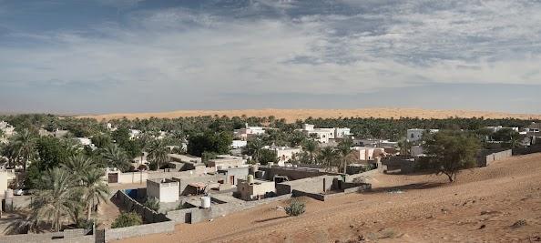 Oase Al Hawiyah am Rand der Wahiba
