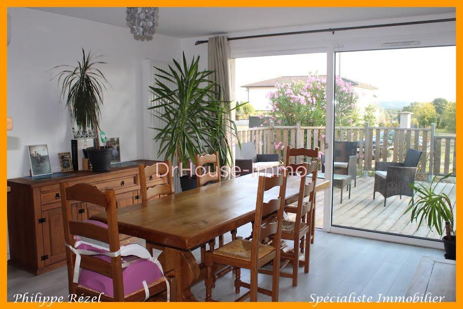 Vente maison 4 pièces 81 m² à Sainte-Livrade-sur-Lot (47110), 165 000 €