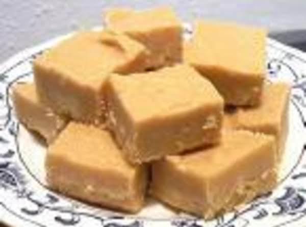 Peanut Butter Fudge (with A Secret)