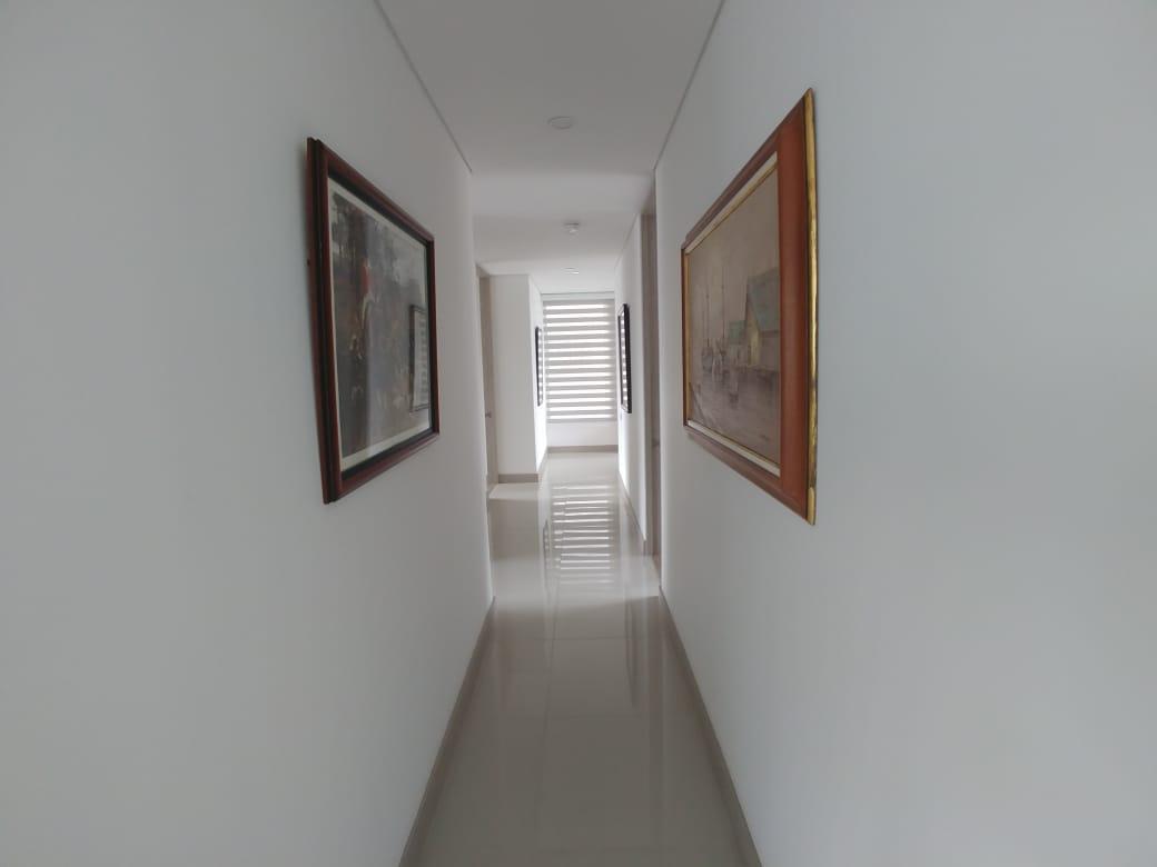 apartamento en arriendo cumbres 495-38550