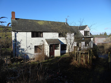 Smallholding for auction