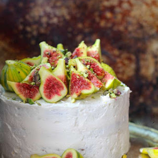 Fresh Fig Topped Spice Cake