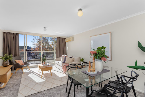 Photo of property at 15B/9 Chandler Street, Belconnen 2617