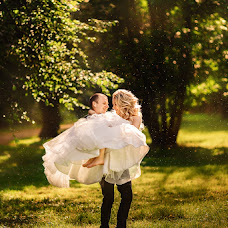 Wedding photographer Aleksandra Tikhova (Xelanti). Photo of 02.08.2017