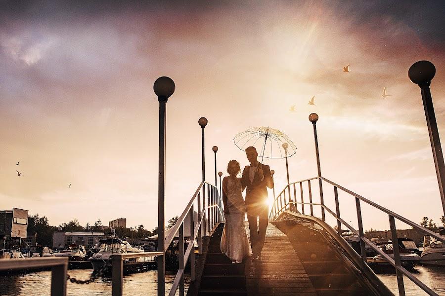 Wedding photographer Slava Semenov (ctapocta). Photo of 24.06.2019